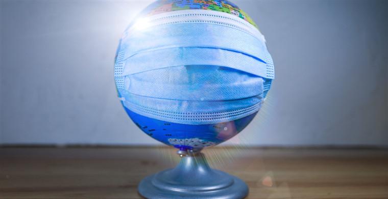 """全球疫情沦陷,美国经济滑入衰退,中国是否能成为""""拯救世界""""的""""钥匙""""?"""